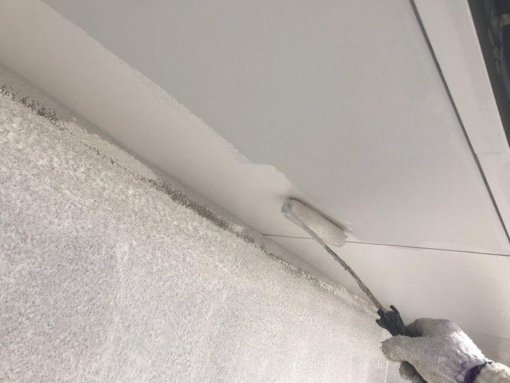 軒下塗装/下塗り2回目