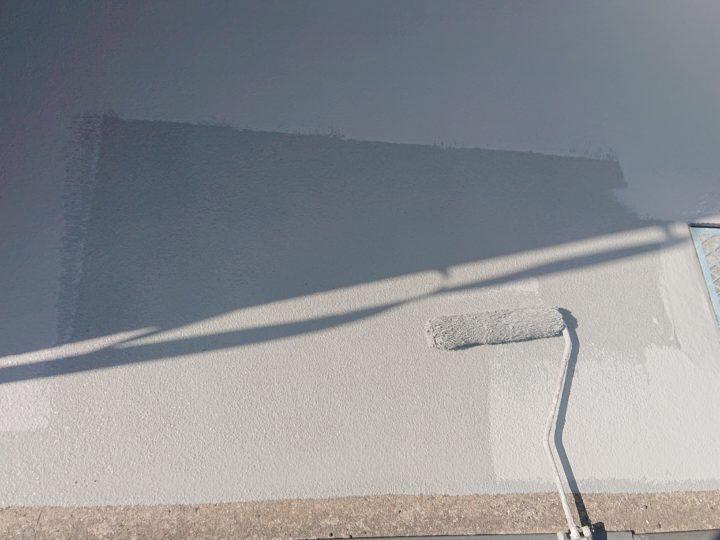 ガレージ床舗装/トップコート1回目