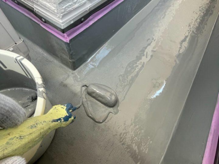 ベランダ防水/防水層1層目