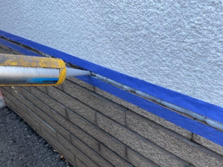擁壁塗装/コーキング打ち込み