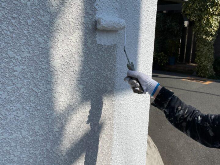 外壁塗装/下塗り2層目