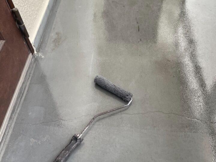 ハイツ廊下/プライマー塗布