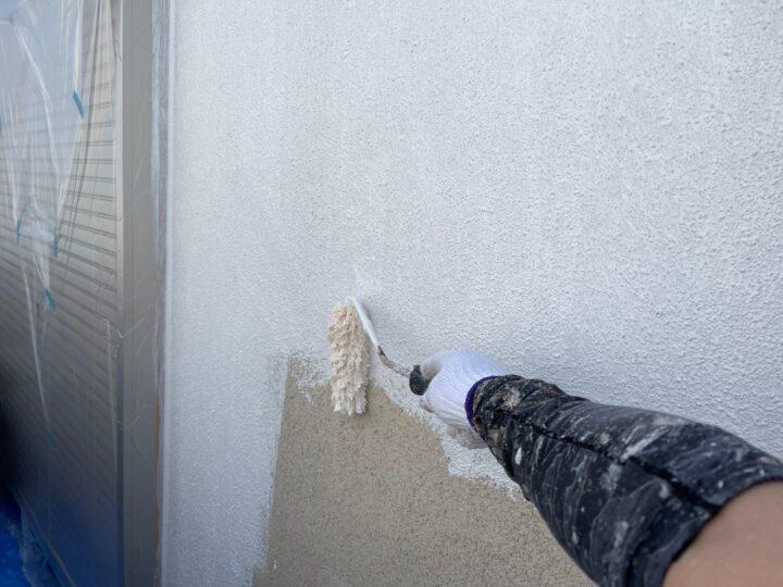 モルタル壁塗装/下塗り2回目