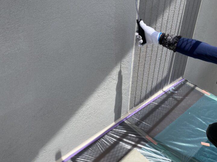 外壁塗装/下塗り1回目