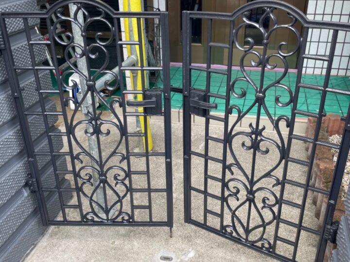門扉塗装/上塗り
